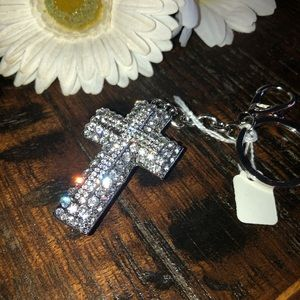 Accessories - New Super Sparkly Cross Keychain w/ clip 💖